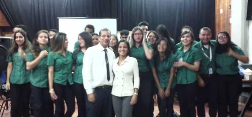 Representaciones de la Enseñanza del Inglés en Venezuela